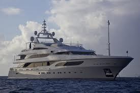 yacht image 2
