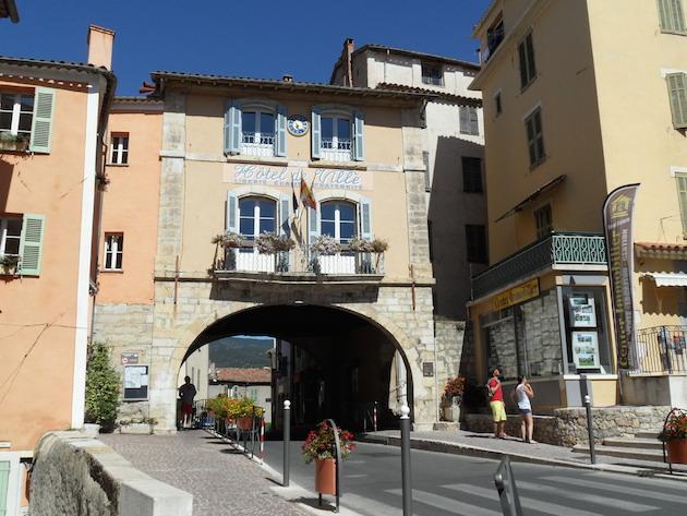 fayence village town hall