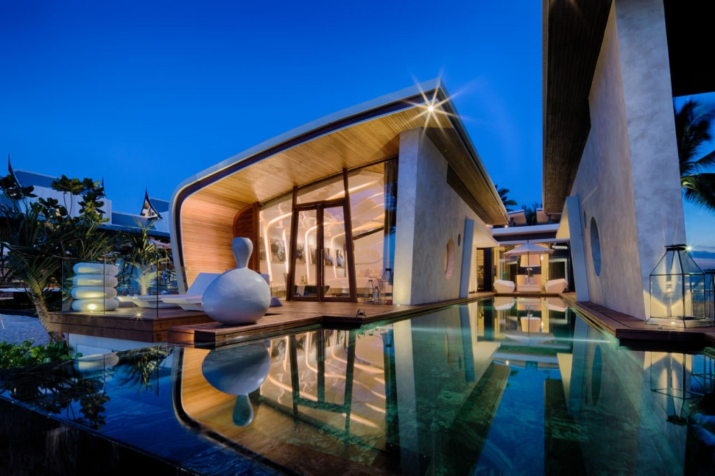 New Luxury Property Rentals Campaigns - Villa Guru