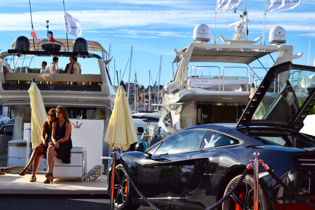 Monaco-Yacht-Show-Stand-Display-Marketing